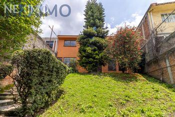 NEX-49788 - Casa en Venta, con 5 recamaras, con 3 baños, con 1 medio baño, con 342 m2 de construcción en La Cruz, CP 10800, Ciudad de México.
