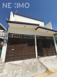 NEX-44594 - Casa en Venta, con 3 recamaras, con 1 baño, con 1 medio baño, con 140 m2 de construcción en El Saucillo, CP 42186, Hidalgo.