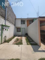 NEX-46618 - Casa en Renta, con 2 recamaras, con 1 baño, con 90 m2 de construcción en Campestre Villas del Álamo (FOVISSSTE), CP 42184, Hidalgo.