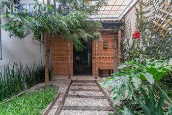 NEX-45943 - Casa en Venta, con 3 recamaras, con 3 baños, con 2 medio baños, con 600 m2 de construcción en San Andrés Calpan, CP 74180, Puebla.