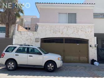 NEX-42912 - Casa en Venta, con 3 recamaras, con 3 baños, con 1 medio baño, con 268 m2 de construcción en Milenio 3a. Sección, CP 76060, Querétaro.