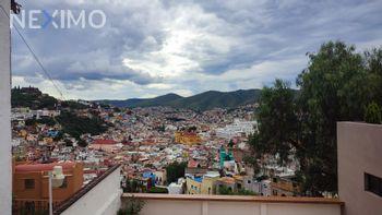 NEX-54560 - Departamento en Renta, con 1 recamara, con 1 baño, con 84 m2 de construcción en Pastita, CP 36090, Guanajuato.