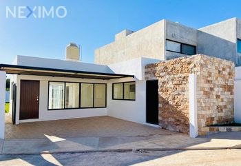 NEX-46035 - Casa en Venta, con 3 recamaras, con 3 baños, con 150 m2 de construcción en Chichi Suárez, CP 97306, Yucatán.