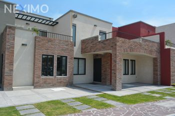 NEX-44854 - Casa en Venta, con 3 recamaras, con 3 baños, con 144 m2 de construcción en Zirándaro, CP 37749, Guanajuato.