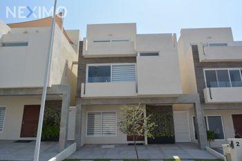 NEX-45698 - Casa en Venta, con 4 recamaras, con 4 baños, con 1 medio baño, con 273 m2 de construcción en Zibatá, CP 76269, Querétaro.
