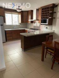 NEX-45513 - Casa en Renta, con 3 recamaras, con 2 baños, con 1 medio baño, con 140 m2 de construcción en Paraje Santa Rosa, CP 66607, Nuevo León.