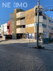 NEX-42755 - Oficina en Renta, con 11 recamaras, con 13 baños, con 900 m2 de construcción en Supermanzana 27, CP 77509, Quintana Roo.