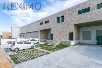 NEX-45128 - Bodega en Renta, con 1 baño, con 480 m2 de construcción en Supermanzana 98, CP 77537, Quintana Roo.