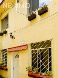 NEX-43990 - Casa en Venta, con 5 recamaras, con 4 baños, con 150 m2 de construcción en Hipódromo Condesa, CP 06170, Ciudad de México.