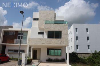 NEX-49329 - Casa en Venta, con 4 recamaras, con 4 baños, con 1 medio baño, con 228 m2 de construcción en Arbolada, CP 77533, Quintana Roo.