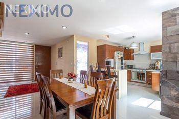 NEX-47896 - Casa en Venta, con 4 recamaras, con 2 baños, con 2 medio baños, con 172 m2 de construcción en San Juan Cuautlancingo, CP 72700, Puebla.