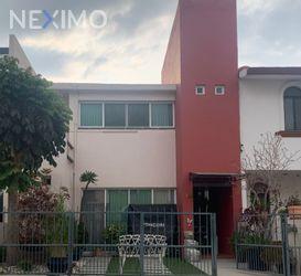NEX-47844 - Casa en Venta, con 2 recamaras, con 2 baños, con 2 medio baños, con 103 m2 de construcción en Privada Campestre, CP 76902, Querétaro.