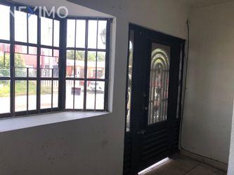 NEX-50163 - Casa en Venta, con 5 recamaras, con 3 baños, con 1 medio baño, con 280 m2 de construcción en Hidalgo Oriente, CP 89570, Tamaulipas.