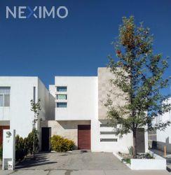 NEX-44256 - Casa en Renta, con 3 recamaras, con 3 baños, con 1 medio baño, con 155 m2 de construcción en Aguaje 2000, CP 78398, San Luis Potosí.