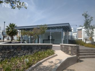 NEX-44983 - Casa en Renta, con 3 recamaras, con 2 baños, con 1 medio baño, con 159 m2 de construcción en Residencial el Refugio, CP 76146, Querétaro.