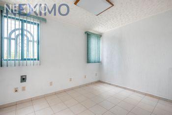 NEX-45879 - Casa en Venta, con 8 recamaras, con 2 baños, con 1 medio baño, con 265 m2 de construcción en Parque Residencial Coacalco 1a Sección, CP 55720, México.