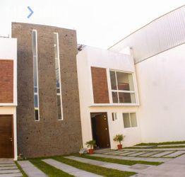NEX-47574 - Casa en Venta, con 3 recamaras, con 2 baños, con 1 medio baño, con 166 m2 de construcción en Santa Fe, CP 76147, Querétaro.