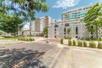 NEX-50302 - Departamento en Venta, con 3 recamaras, con 3 baños, con 1 medio baño, con 162 m2 de construcción en Vía Montejo, CP 97204, Yucatán.