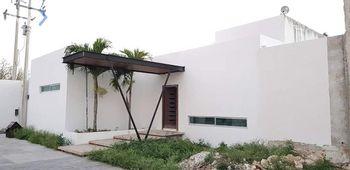NEX-52768 - Casa en Venta, con 3 recamaras, con 3 baños, con 1 medio baño, con 450 m2 de construcción en Tamanché, CP 97304, Yucatán.