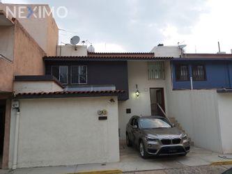 NEX-44669 - Casa en Venta, con 4 recamaras, con 2 baños, con 1 medio baño, con 244 m2 de construcción en Señorio San Agustín, CP 68290, Oaxaca.
