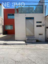 NEX-44861 - Casa en Venta, con 4 recamaras, con 3 baños, con 1 medio baño, con 147 m2 de construcción en Bosques del Peñar, CP 42094, Hidalgo.