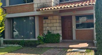 NEX-11858 - Casa en Renta en Coaxustenco, CP 52140, México, con 3 recamaras, con 3 baños, con 1 medio baño, con 200 m2 de construcción.