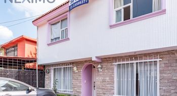 NEX-1281 - Casa en Venta en Casa Blanca, CP 52175, México, con 4 recamaras, con 1.5 baños, con 1 medio baño, con 199 m2 de construcción.