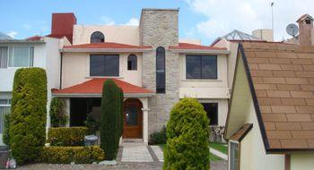 NEX-22170 - Casa en Renta en Las Glorias, CP 52169, México, con 3 recamaras, con 3 baños, con 1 medio baño, con 250 m2 de construcción.