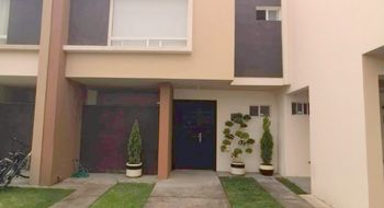 NEX-32646 - Casa en Venta en San Mateo Otzacatipan, CP 50220, México, con 3 recamaras, con 2 baños, con 1 medio baño, con 108 m2 de construcción.