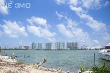 NEX-45601 - Terreno en Venta en Zona Hotelera, CP 77500, Quintana Roo.