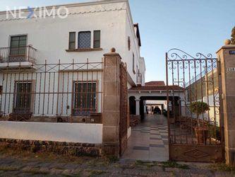 NEX-48079 - Casa en Venta, con 12 recamaras, con 8 baños, con 1000 m2 de construcción en Del Valle, CP 78200, San Luis Potosí.