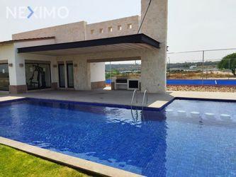 NEX-53595 - Terreno en Venta, con 291 m2 de construcción en Ciudad Maderas Sur II, CP 38517, Guanajuato.