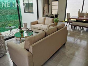 NEX-48319 - Casa en Venta, con 3 recamaras, con 2 baños, con 1 medio baño, con 145 m2 de construcción en Zákia, CP 76269, Querétaro.