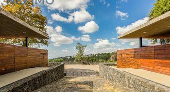 NEX-6247 - Terreno en Venta en Del Bosque, CP 62150, Morelos, con 2 recamaras, con 2 baños, con 4 medio baños, con 4400 m2 de construcción.