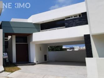 NEX-46417 - Casa en Venta, con 3 recamaras, con 3 baños, con 1 medio baño, con 250 m2 de construcción en Hacienda del Rul, CP 89364, Tamaulipas.