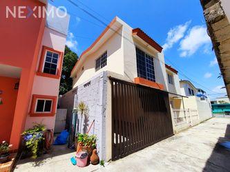 NEX-47054 - Casa en Venta, con 4 recamaras, con 2 baños, con 1 medio baño, con 130 m2 de construcción en Unidad Nacional, CP 89410, Tamaulipas.