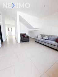NEX-48659 - Casa en Venta, con 3 recamaras, con 2 baños, con 1 medio baño, con 235 m2 de construcción en Zibatá, CP 76269, Querétaro.
