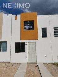 NEX-51274 - Casa en Renta, con 2 recamaras, con 1 baño, con 72 m2 de construcción en Fuentes de Balvanera, CP 38186, Guanajuato.