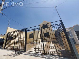 NEX-47396 - Casa en Venta, con 3 recamaras, con 2 baños, con 90 m2 de construcción en Pachuquilla, CP 42180, Hidalgo.