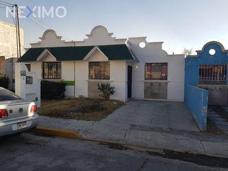 NEX-47713 - Casa en Venta, con 2 recamaras, con 1 baño, con 67 m2 de construcción en Bosques del Peñar, CP 42094, Hidalgo.