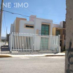 NEX-48030 - Casa en Venta, con 3 recamaras, con 2 baños, con 1 medio baño, con 140 m2 de construcción en Campo de Tiro, CP 42039, Hidalgo.