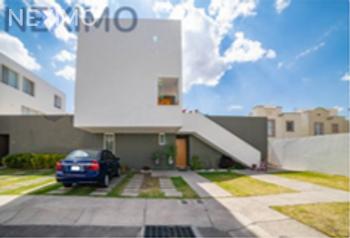 NEX-47852 - Casa en Venta, con 3 recamaras, con 3 baños, con 160 m2 de construcción en El Marqués, CP 76047, Querétaro.