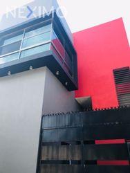 NEX-52385 - Edificio en Venta, con 8 recamaras, con 5 baños, con 284 m2 de construcción en San José Bonampack, CP 77533, Quintana Roo.