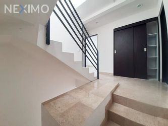 NEX-52315 - Casa en Venta, con 3 recamaras, con 4 baños, con 1 medio baño, con 200 m2 de construcción en Juriquilla Privada, CP 76230, Querétaro.