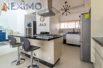 NEX-53070 - Casa en Venta, con 3 recamaras, con 2 baños, con 1 medio baño, con 157 m2 de construcción en Arbolada, CP 77533, Quintana Roo.