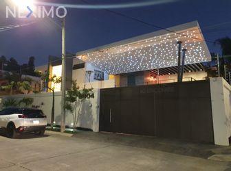NEX-53361 - Casa en Venta, con 3 recamaras, con 3 baños, con 408 m2 de construcción en Jardines de La Paz, CP 44860, Jalisco.