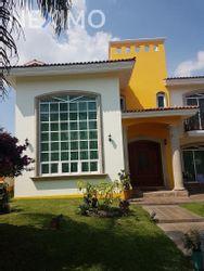 NEX-54424 - Casa en Venta, con 4 recamaras, con 4 baños, con 510 m2 de construcción en El Palomar, CP 45643, Jalisco.