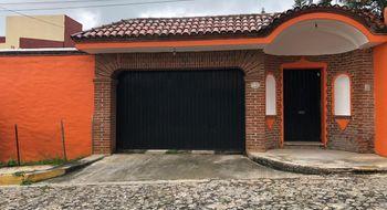 NEX-23943 - Casa en Venta en Lomas de Tetela, CP 62156, Morelos, con 3 recamaras, con 2 baños, con 1 medio baño, con 157 m2 de construcción.