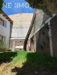 NEX-28029 - Casa en Venta, con 3 recamaras, con 2 baños, con 1 medio baño, con 250 m2 de construcción en Lomas de San Bernabé, CP 10350, Ciudad de México.