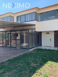 NEX-48853 - Casa en Renta, con 3 recamaras, con 2 baños, con 1 medio baño, con 426 m2 de construcción en La Moraleja, CP 42064, Hidalgo.